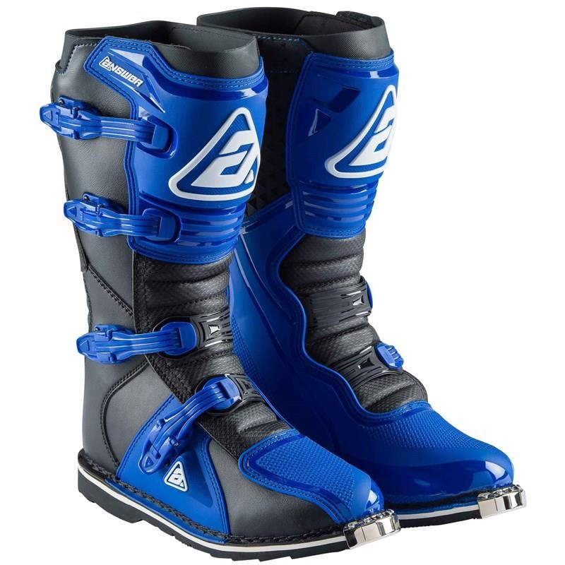 AR1 Adult Boots