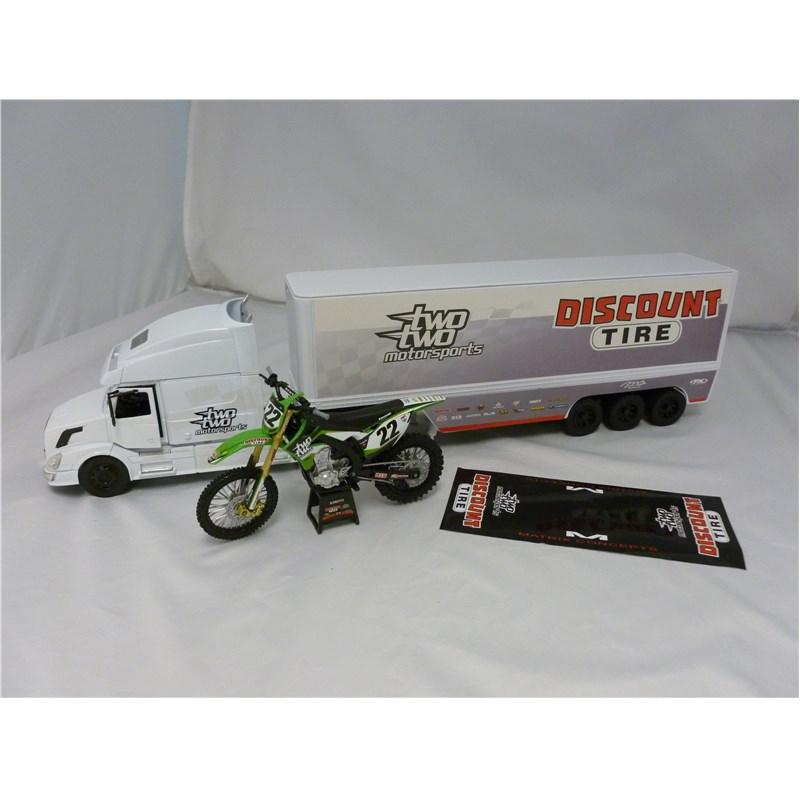 Scale Two Two Motorsports Kawasaki 2014 Team Gift Set